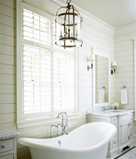 Seaside Bathroom Ideas Tub Between Wastsands Cottage Bathroom