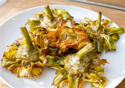 cucina romana antica ricette carciofi alla romana fritti la ricetta per preparare i