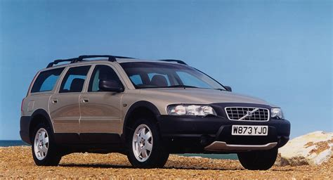 volvo xc estate review   parkers