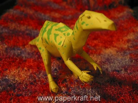 How To Make A Dinosaur Model From Paper Mache - dinosaur papercraft iguanodon paperkraft net free