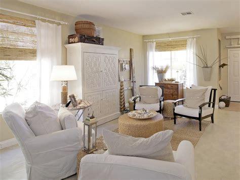 cottage themed living room beachfront bargain hunt hgtv