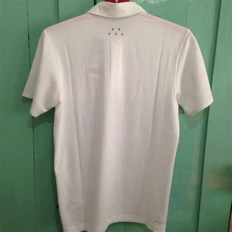 Terjual Pakaian Olahraga Pria terjual pakaian olahraga pria wanita adidas kaos running