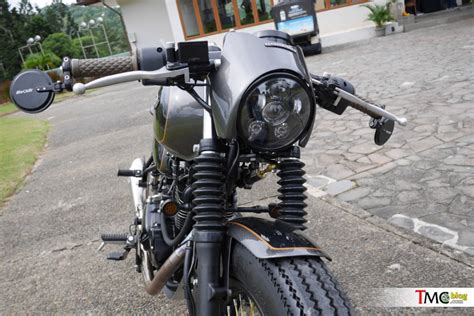 Reflektor Harley Reflektor Cafe Racer L Bulat Led Chrome kupas tuntas kawasaki w175 cafe racer custom built in katros garage tmcblog