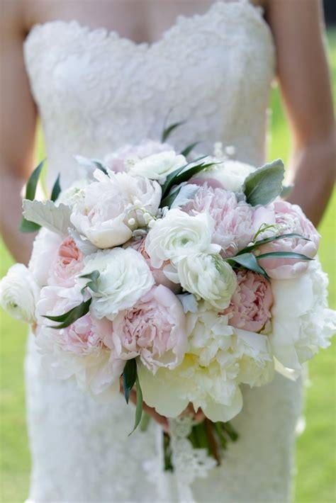 bouquet sposa fiori di co bouquet di peonie per la sposa affettuosa