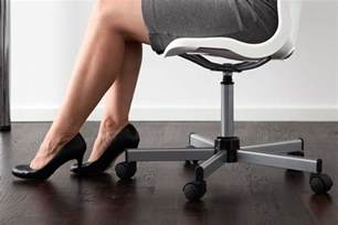 exercise at my desk desk exercises and ways to lose weight at work reader s
