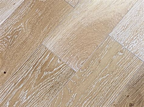 "Country Wood Flooring 6""Solid WireBrushed/UV Oiled Oak"