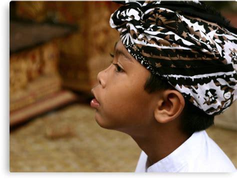 Ikat Kepala Bali Udeng Jadi udeng ikat kepala khas kaum pria pulau dewata news