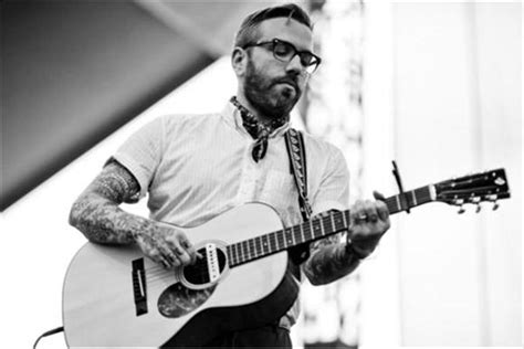 the city and color city and colour implores that his lover come back