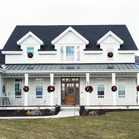 Simple Farmhouse Design anderson grant characteristics of a modern farmhouse