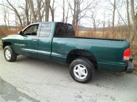 automobile air conditioning service 2000 dodge dakota club lane departure warning sell used 2000 dodge dakota sport 4x4 extra cab 3 9 liter 6 cylinder with air conditioning in