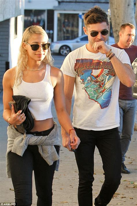 mail zachairdressing co uk loc us zac efron with rumoured girlfriend sami miro in la daily