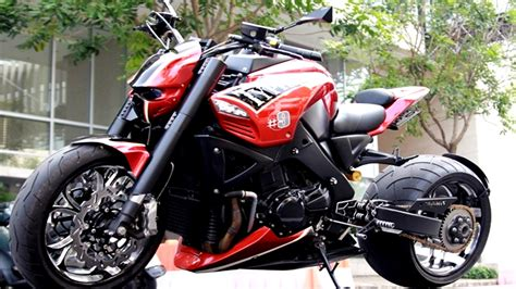 Suzuki B King suzuki b king quot typhoon quot streetfighter review