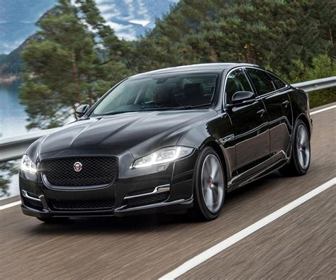 jaguar xj updated 2017 jaguar xj has not lose british charisma