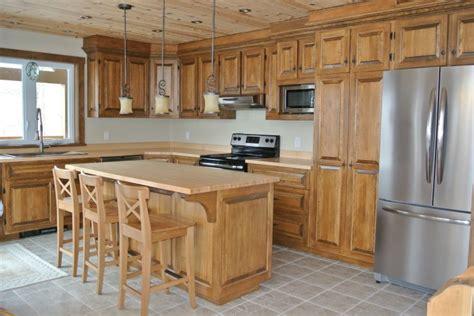 armoires de cuisine usag馥s armoire de cuisine rustique recherche cuisine