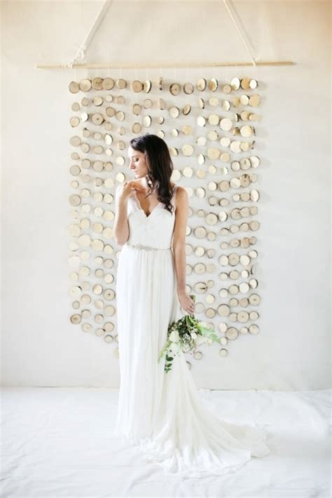 Easy Wedding Backdrop by 22 Diy Wedding Backdrops You Can Easily Make Yourself