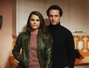 the americans strolls through with willa