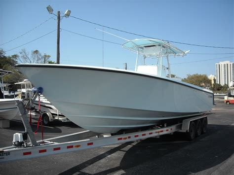 contender boats for sale no motors 2008 31t contender no motors 77k page 2 the hull