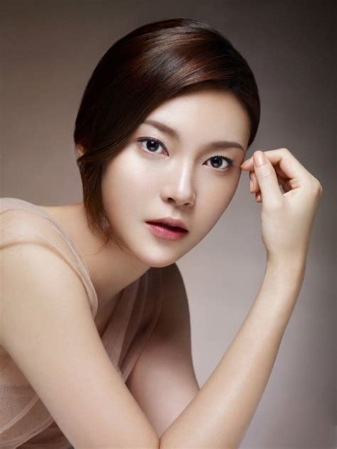 korean movie stars pictures korean movie star goes to vietnam to promote film festival