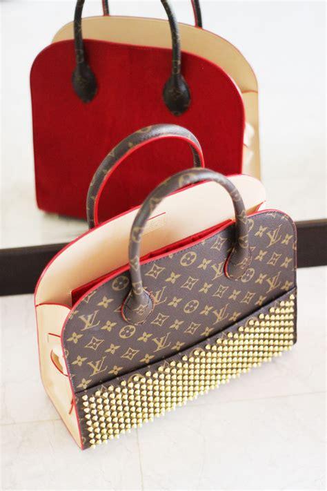 Louis Vuitton Shoe Bag by What S In My Handbag Louis Vuitton X Christian Louboutin