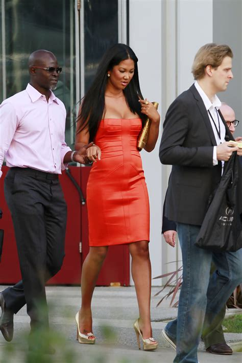 Kimora Simmons New Boyfriend Dijimon Hounsou by Kimora Simmons And Djimon Hounsou Photos Photos
