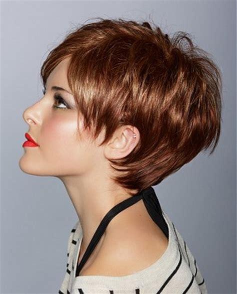 coupe de cheveux courte femme ete 2015