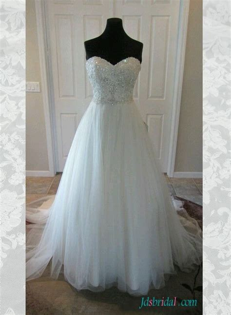 sparkly beading sweetheart neck tulle princess wedding
