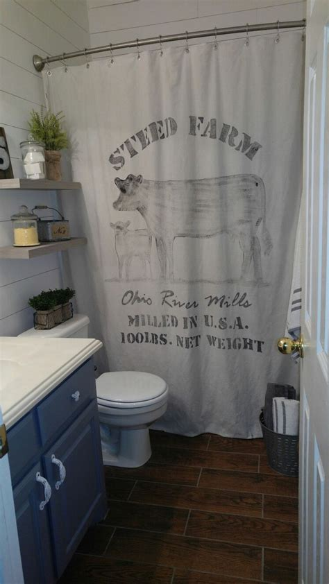 bathroom curtain ideas pinterest best country bathrooms ideas on pinterest rustic bathrooms