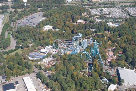 busch gardens to build park s wooden roller coaster