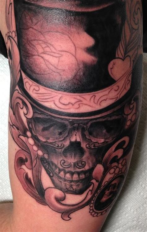 skull with top hat by mr jones tattoonow