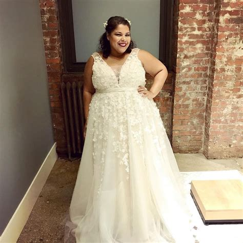 Wedding Hair For Plus Size Brides by 286 Best Plus Size Wedding Dresses Images On