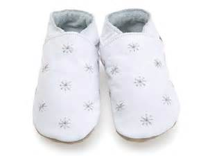 baby shoes starry in white baby shoes newborn