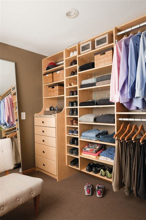Shelf Dividers For Closets by Looking Shelf Dividers Remodeling Ideas For Closet