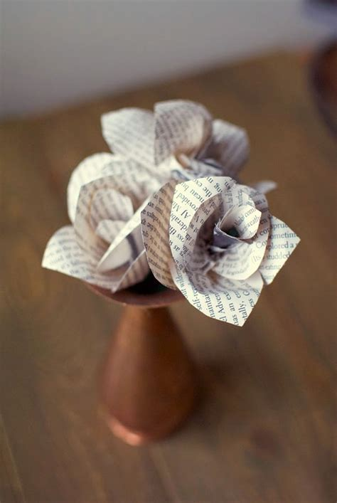 Small Paper Crafts - 20 diy paper flower tutorials how to make paper flowers