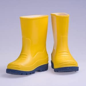 smell   rubber rain boots equivalents  cups hydrogen peroxide  cups distilled