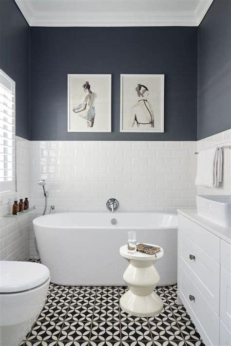 wall blue  bottom  towel rack  rest  wall
