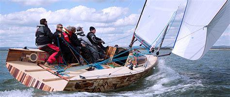 round island boat race robots author