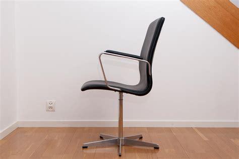 arne jacobsen oxford chairs scandinavian design exclusive furniture