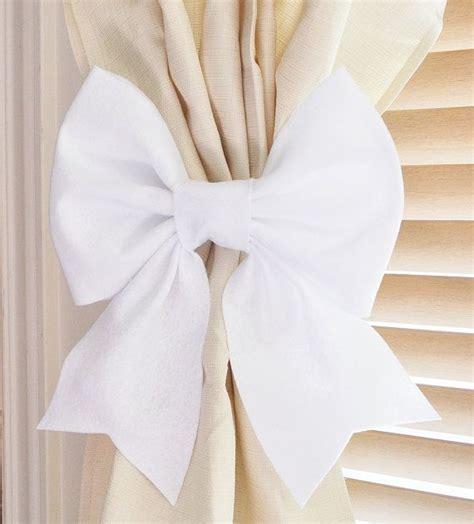 white curtain holdbacks 1000 ideas about white curtain holdbacks on pinterest