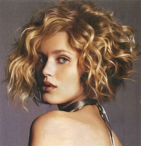 is a wedge haircut still fashionable in 2015 stylish wedge cut hairstyles for women