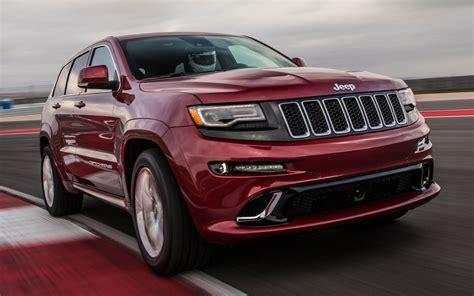 jeep grand cherokee srt engine 2014 jeep grand cherokee srt track drive motor trend