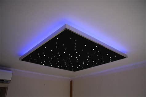 Lumiere Etoile Plafond by 201 Toiles Plafonnier Et Panneau Mural Semeur D Etoiles