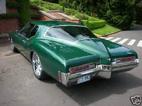 1972 Buick Riviera Boattail For Sale 1972 Buick Riviera Boattail Green Lowered 08