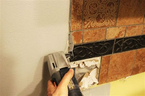 how to remove a kitchen tile backsplash