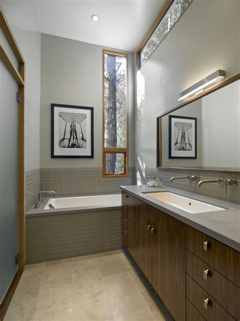 grey and brown bathroom 17 best ideas about brown bathrooms designs on pinterest