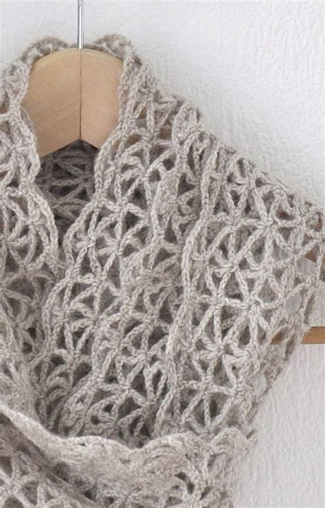 which is harder knitting or crocheting 93 best images about shawls and scarves on