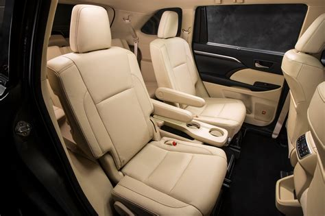 Toyota Highlander With Captain Seats What 2014 Vehicles Captains Chairs In Second Row