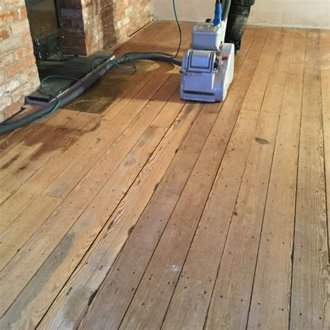 Sanding of a pitch pine floor   Chester Wood Flooring