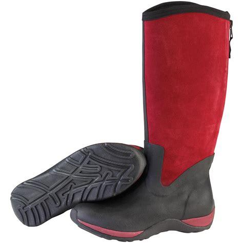 muck boots for s muck boots 174 arctic adventure zip suede boots