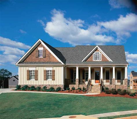 house plans with breezeway to garage pinterest