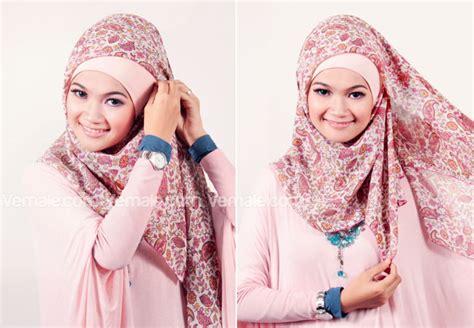 Jilbab Segi Empat Biasa Toko Dunia Fashion Maret 2013